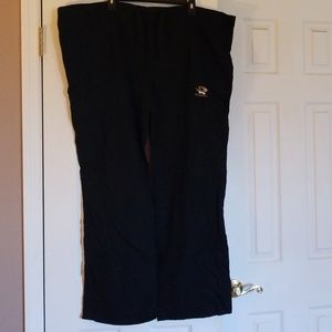New with out tags mizzou scrub pants